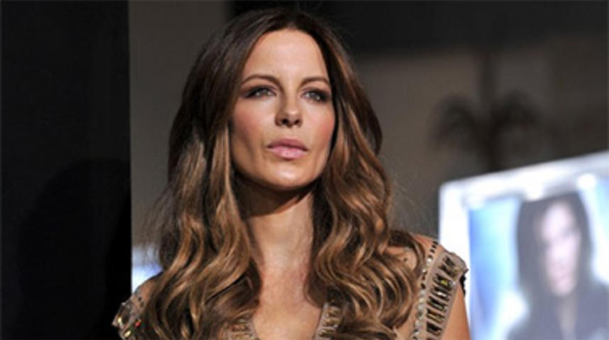 Kate Beckinsale s'associe à la troupe de Monty Python pour Absolutely Anything