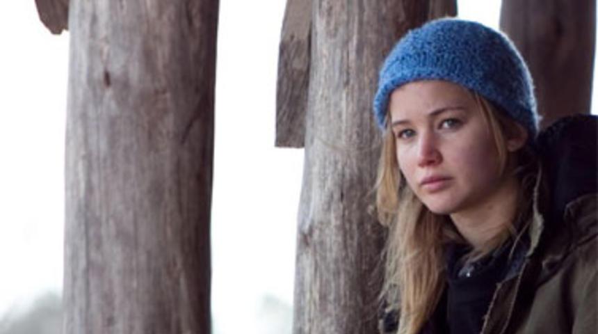 Jennifer Lawrence pourrait jouer pour Oliver Stone