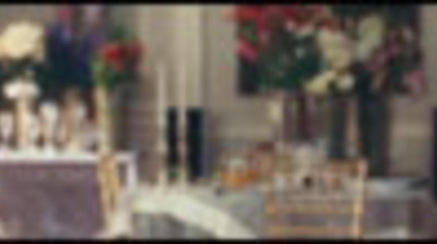 Bande-annonce en français de la comédie La guerre des mariées