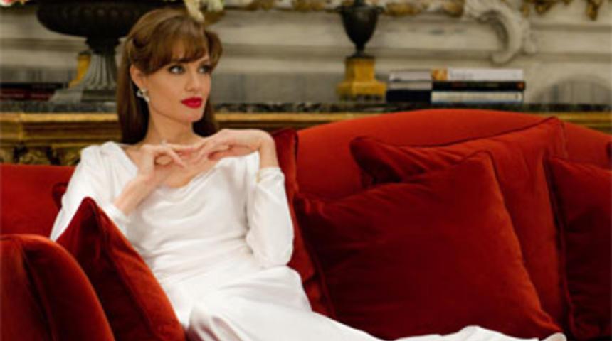 Angelina Jolie veut changer l'image de Cléopâtre