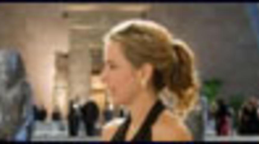 Bande-annonce en français du film La ville fantôme