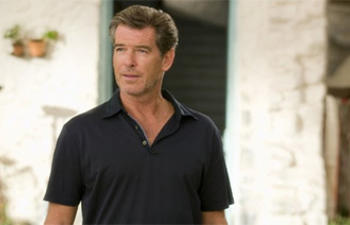 Pierce Brosnan dans Last Man Out
