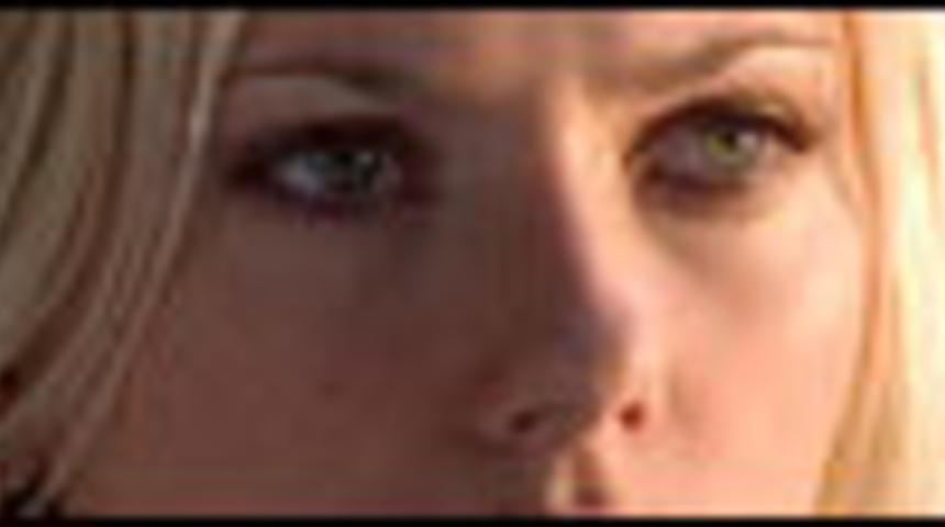 Scarlett Johansson la guerrière