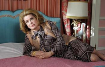 FFM 2011 : Catherine Deneuve reçoit le Grand Prix spécial des Amériques