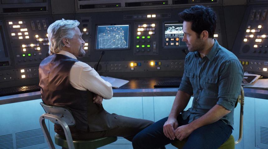 Box-office nord-américain : Ant-Man reste au premier rang