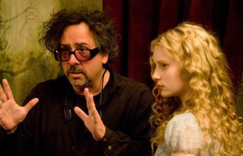 Tim Burton retrouve les scénaristes de Ed Wood le temps de deux films
